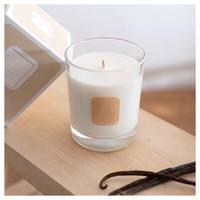 Laissez-vous tenter et réchauffer par les notes douces et gourmandes de notre bougie parfumée «sur les îles Vanille» ✨   #lapromenade #parfums #senteur #bougies #candles #bougieparfumee